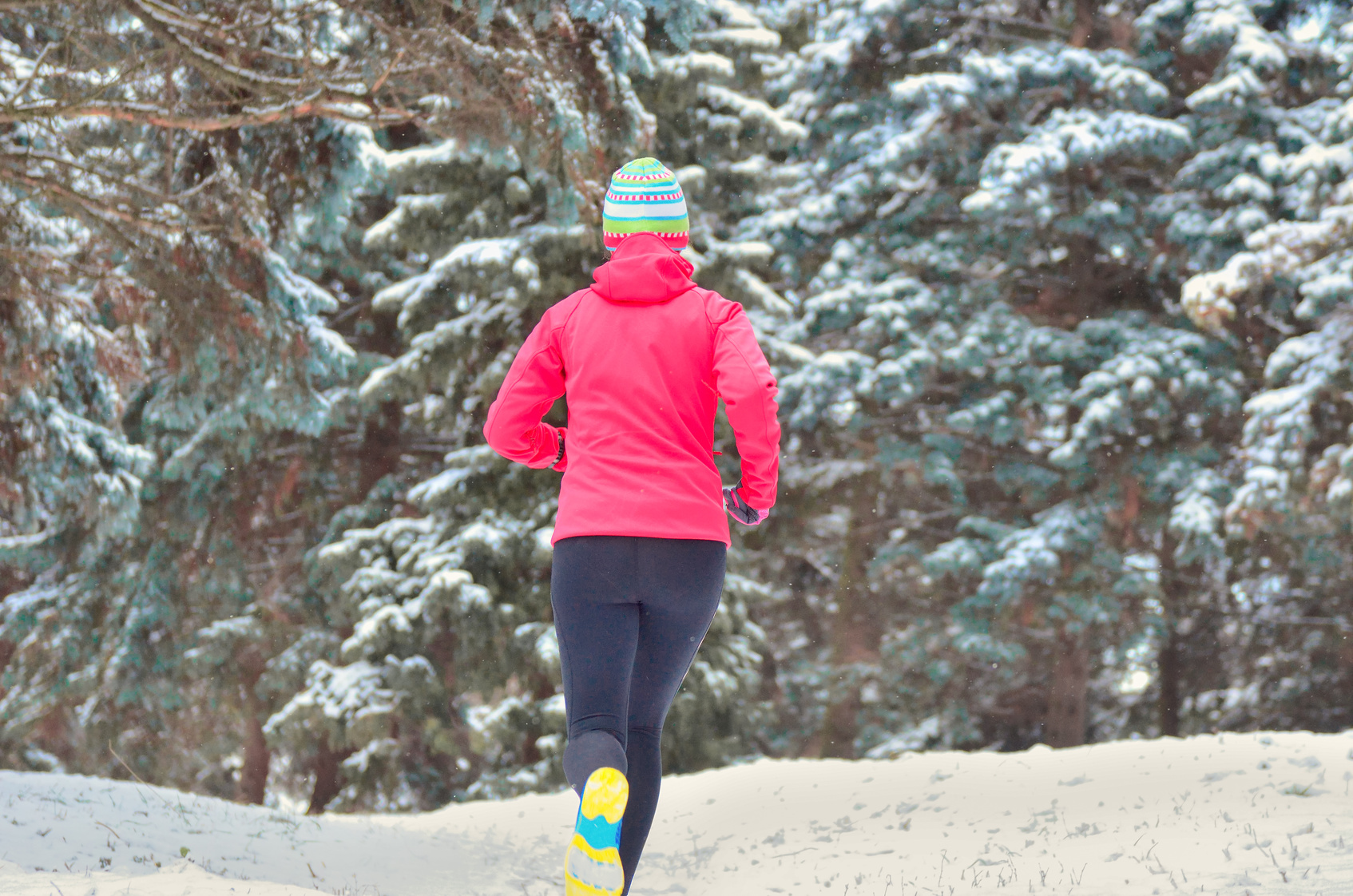 Watch Running 26 Miles Through Slush and Snow Count Me In video