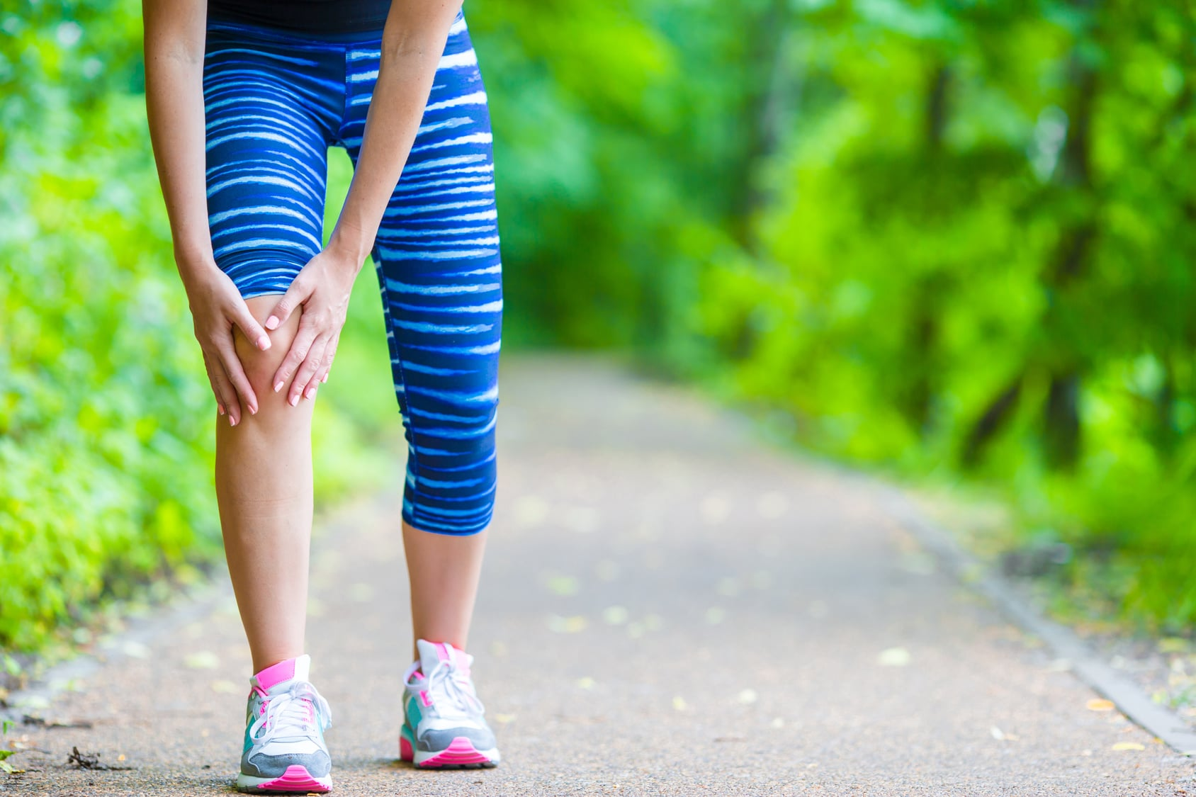 stretching your knee pain